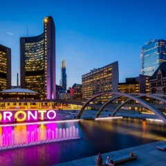 adelaide-hotel-toronto-attraction-Nathan-Phillip-Square